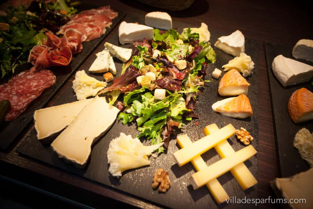 Delicious cheese sharing plate